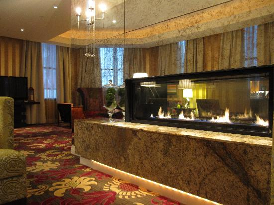 Kimpton Hotel Monaco Baltimore Inner Harbor: Common area