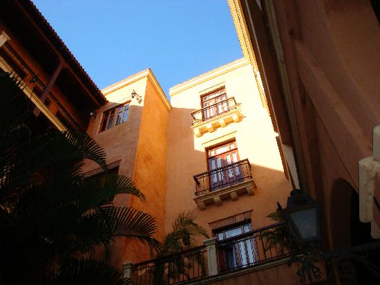 Boutique Hotel Palacio: View of 128 from patio