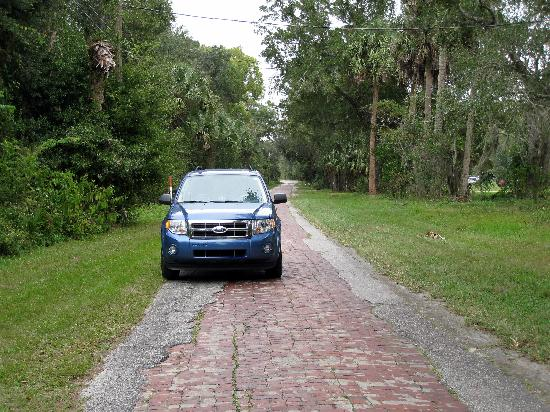 Forgotten Citrus Center Monument #2: Polk County Florida, 1920's brick road called Old Dixie Highway
