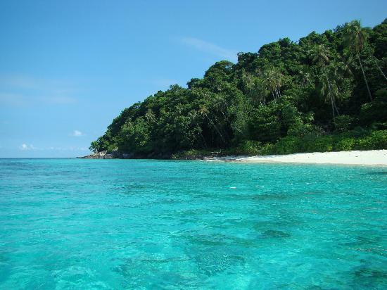 Berjaya Tioman Resort - Malaysia: crystal clear waters