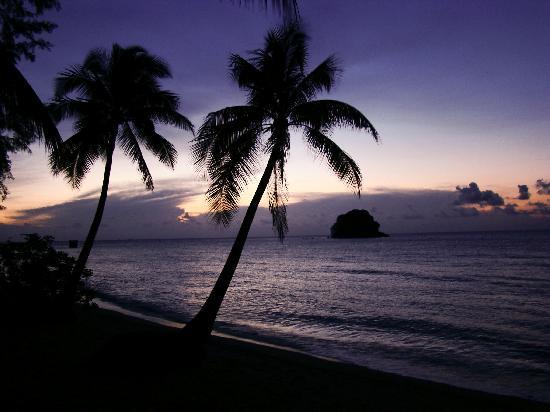 Berjaya Tioman Resort - Malaysia: lovely sunset at your doorstep