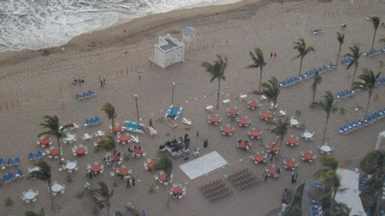 Hotel Riu Emerald Bay: Set-up for Mexican Beach Party