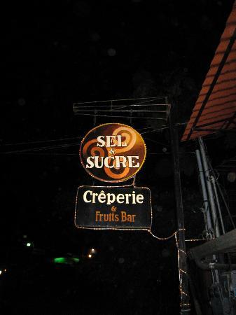 Sel et Sucre: outside