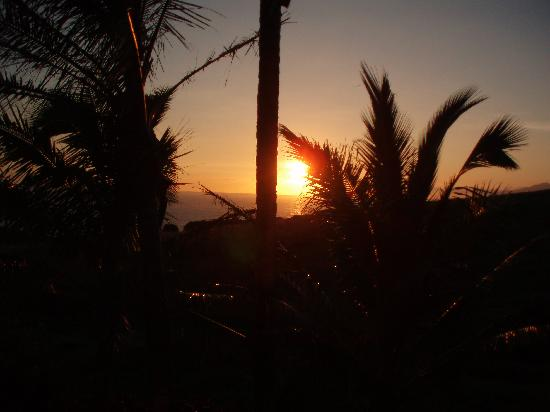 Paia, HI: Sunrise view from our place