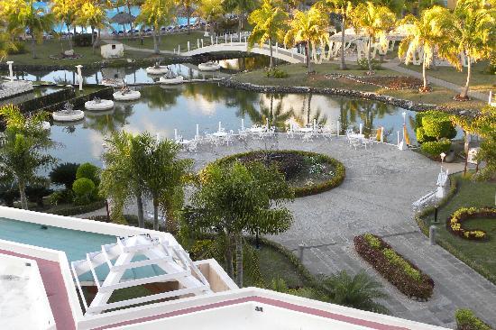 Melia Las Antillas: vue cour intérieure