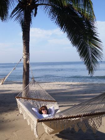 Villa La Estancia Beach Resort & Spa Riviera Nayarit: Relaxing at the beach