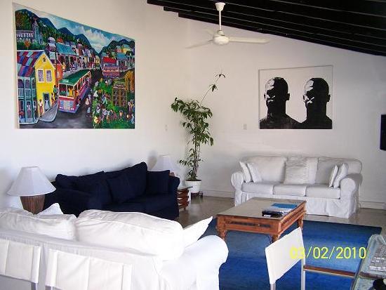 Geejam : Living Room