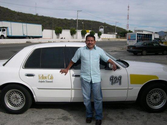 The Grand Mayan Acapulco: Sebastian & his car