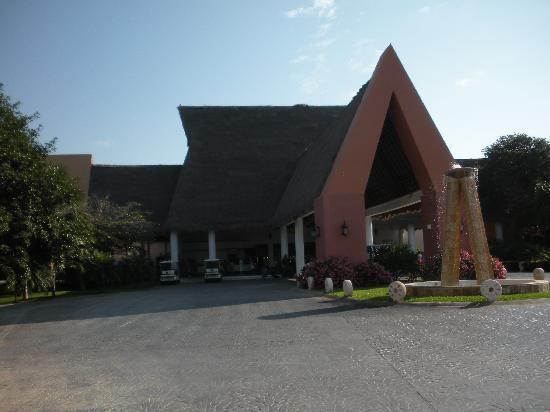 Sandos Caracol Eco Resort: Lobby area