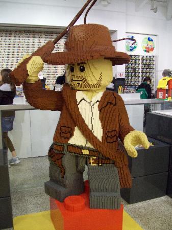 Disney Springs: Indiana en Lego Store