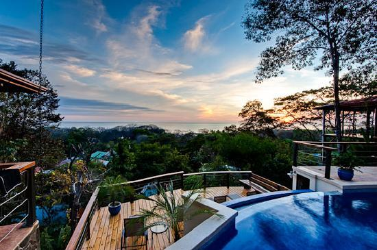 Casa MarBella: The view from the pool deck