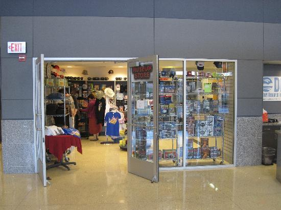 The National Atomic Testing Museum: Giftshop
