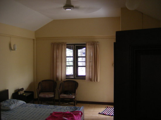 Prayoon Bungalows: room
