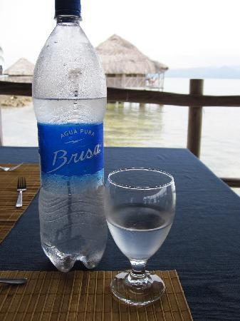 Yandup Island Lodge: 1.5 Liter water provided at lunch & dinner