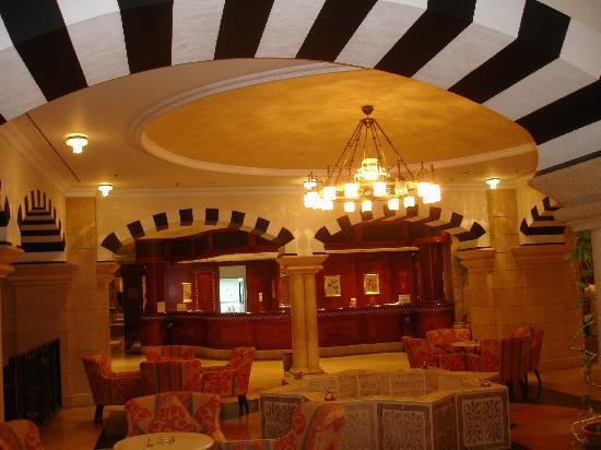 Oasis Hotel Jericho: reception and lobby at the Intercon
