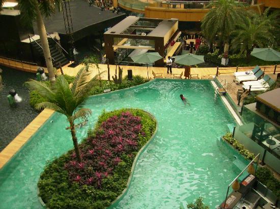 Sahara Star Hotel: Pool