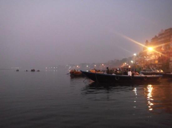 Varanasi, India: Ganges