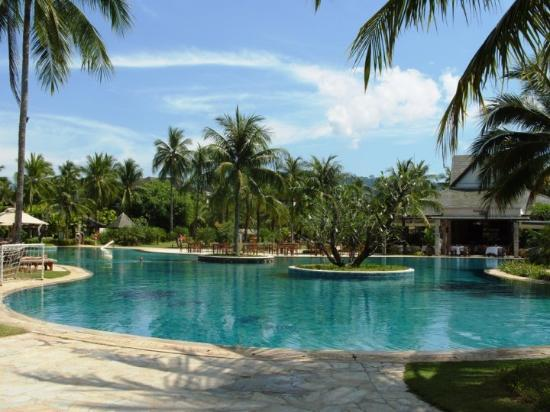 Robinson Club Khao Lak: 1 Mainpool from our hotel Le Meridien Khao Lak Beach and Spa Resort - you have 3 pools there