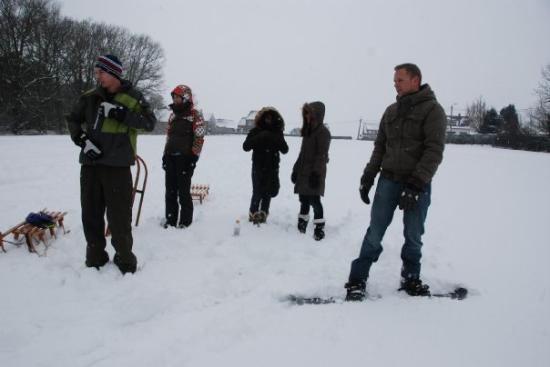 Overijse, Belgia: เตรียมพร้อม มีเรา แป๋ม พี่แซน(ช่างภาพ) และเพื่อนๆพี่แซน
