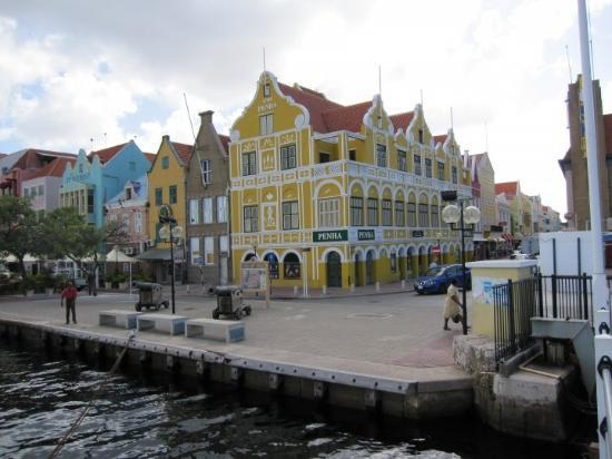 Downtown Willemstad.....what a beauty!