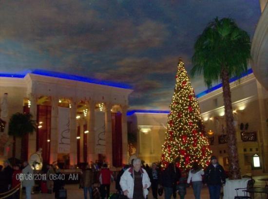 Caesars Atlantic City: inside