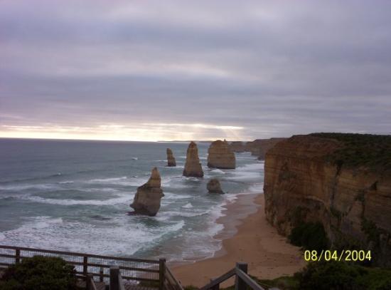 Apollo Bay, Australia: The Twelve Apostiles (or what's left of them), Great Ocean Road, Victoria,Australia