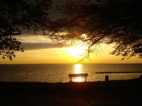 Colonial Beach, VA: Sunsiet
