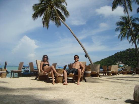 Phi Phi Island Village Beach Resort: en la playa del hotel