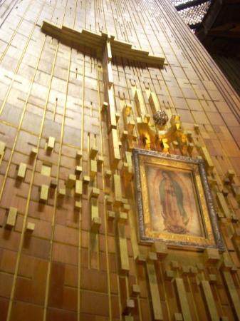 Basilica de Santa Maria de Guadalupe: en la villa