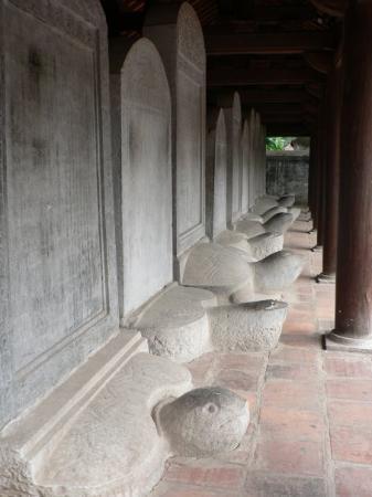 Litteraturtempelet og nasjonalt universitet: Doctors Stelae, Temple of Literature - Hanoi