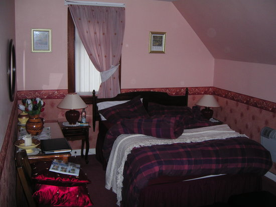 Fairways Bed & Breakfast: Chambre - lit
