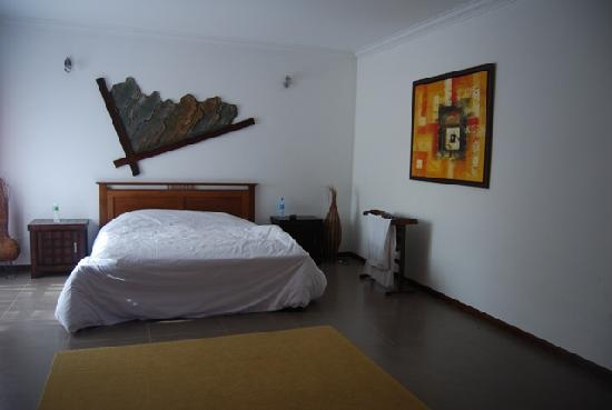 Felda Residence Hot Springs: Villa bedroom