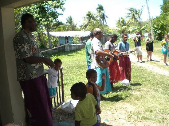 Shangri-La's Fijian Resort & Spa: A warm greeting in the village.