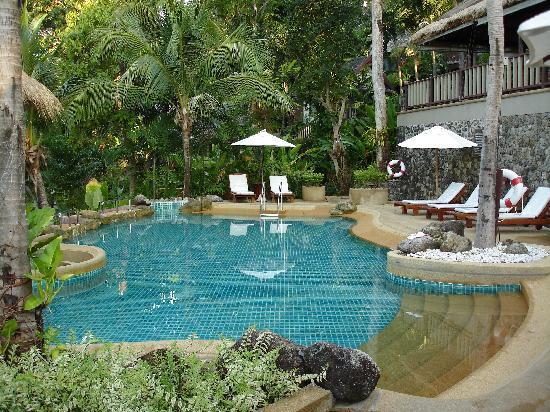 Centara Villas Phuket: Tranquillity of the upper pool
