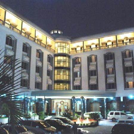 Hotel Sandesh The Prince: hotel