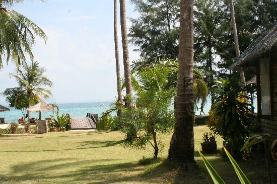CoCo Cottage Koh Ngai: the view from the bungalows