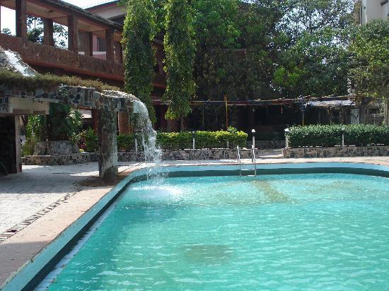 Imperial Grande: Pool