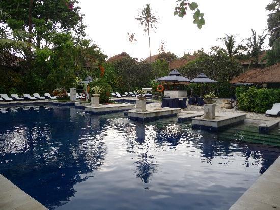 Mercure Resort Sanur: une deux piscines