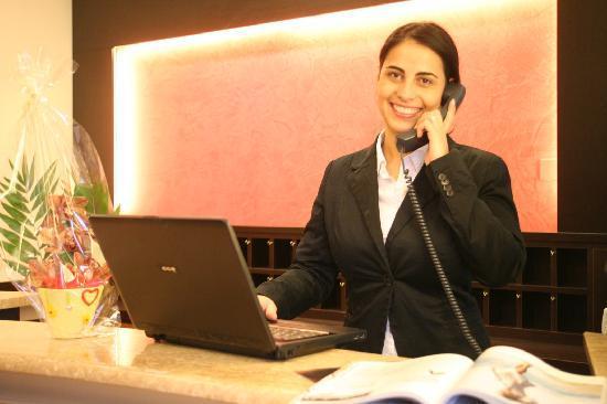 Hotel Euro: reception
