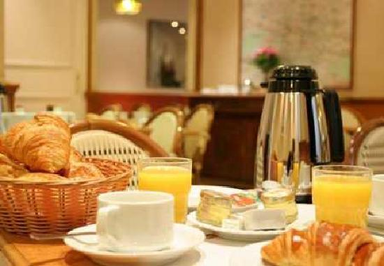 Hotel Euro: breakfast room