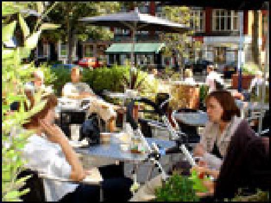Jack's Restaurant & Bar: Pimms anyone?