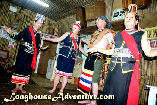 Annah Rais Longhouse Adventure: Cultural Dance