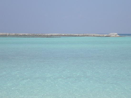 Holiday Island Resort & Spa: view of runway on opposite island