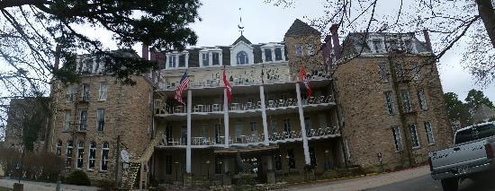 1886 Crescent Hotel & Spa: The Crescent Hotel