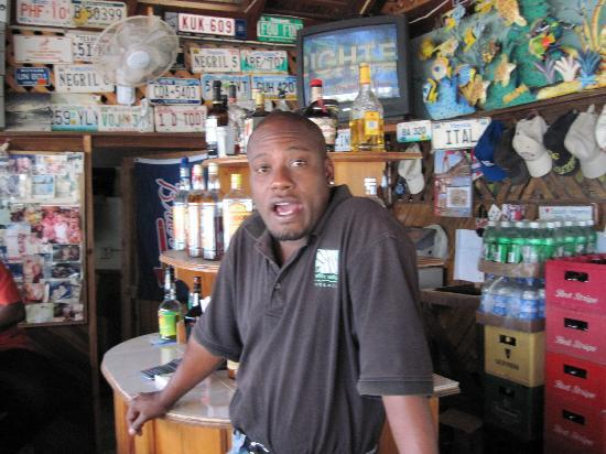 White Sands Negril: Tony at White Sands Bar