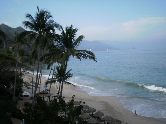 Hyatt Ziva Puerto Vallarta: The view from my room looking south