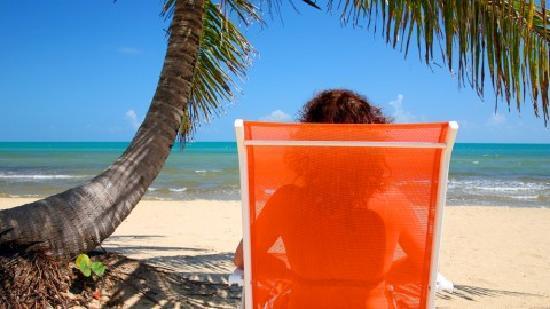 Sarkiki Villas: Soak up the sun and the warm seabreezes!
