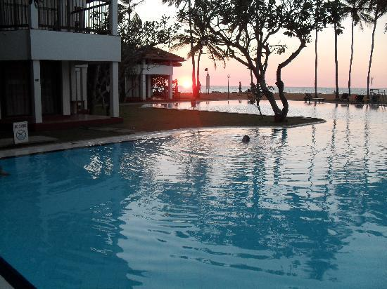 Club Hotel Dolphin: Sunset every night