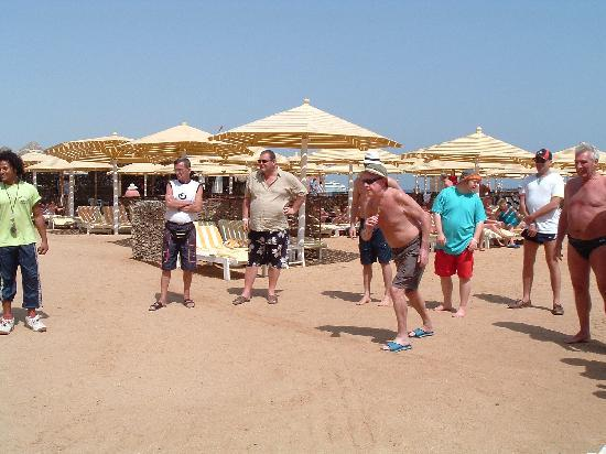 SUNRISE Holidays Resort: A game of Boules