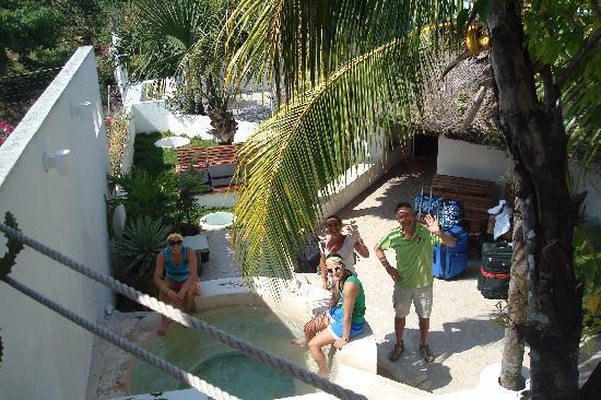 Mi Casa en Cozumel: waiting for taxi